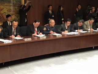 イクボス宣言 北九州市長�C.jpg